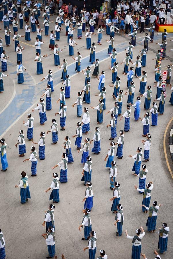 Imagem histórica da vista superior a dança da cerimônia a deusa Tailândia 2018 fotografia de stock royalty free