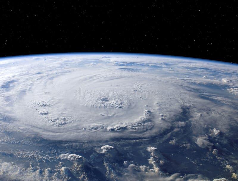 Imagem impressionante de um furac?o gigante na terra do planeta como visto do espa fotografia de stock royalty free