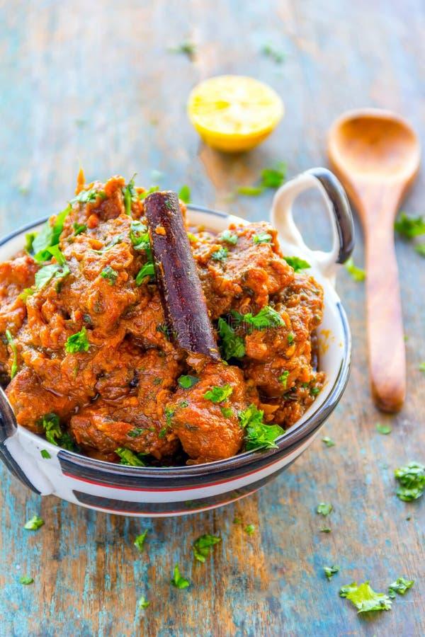 Imagem indiana do vertical do caril de cordeiro do estilo/caril da carne de carneiro fotografia de stock royalty free