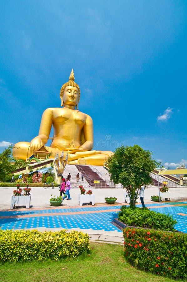 A imagem a mais grande de Buddha fotografia de stock royalty free