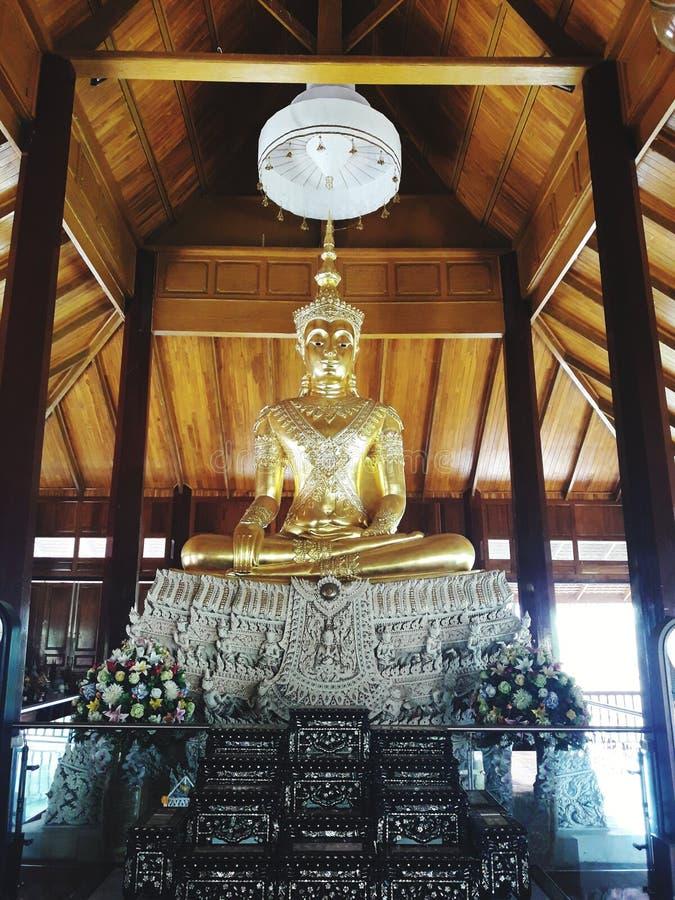 A imagem principal de Buddha foto de stock