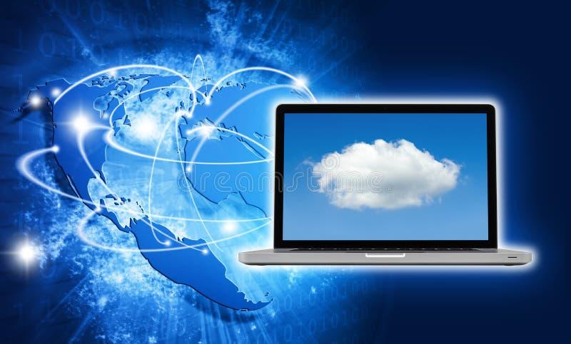 Imagem vívida azul do globo e do portátil com tela da nuvem foto de stock