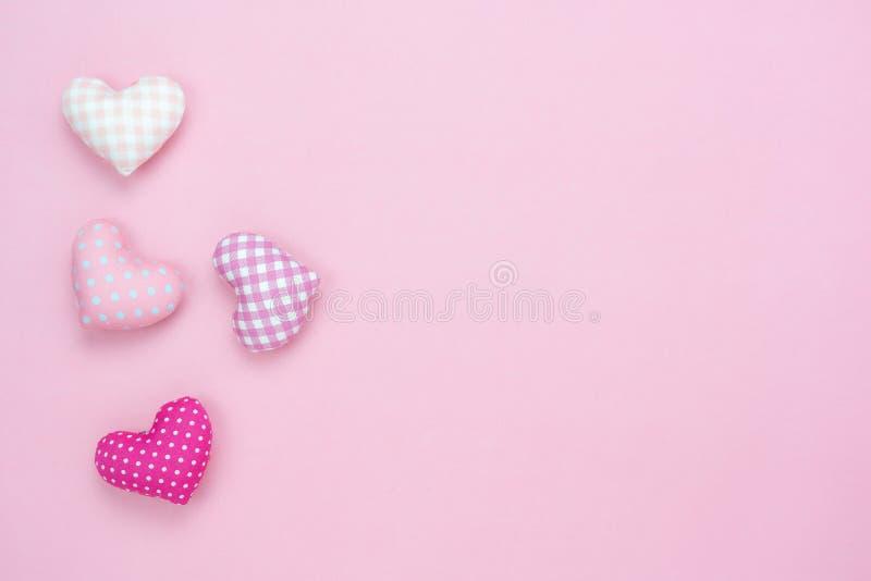 Imagen aérea de la opinión de sobremesa del concepto del fondo del día del ` s de la tarjeta del día de San Valentín de la decora fotos de archivo libres de regalías
