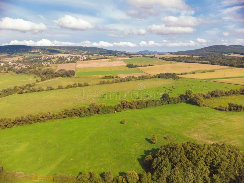 Imagen agrícola aérea de un paisaje húngaro, cerca del lago Balatón fotos de archivo