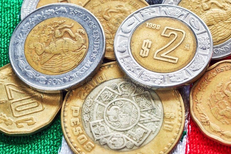 Imagen ascendente cercana del extremo del Peso mexicano fotos de archivo libres de regalías