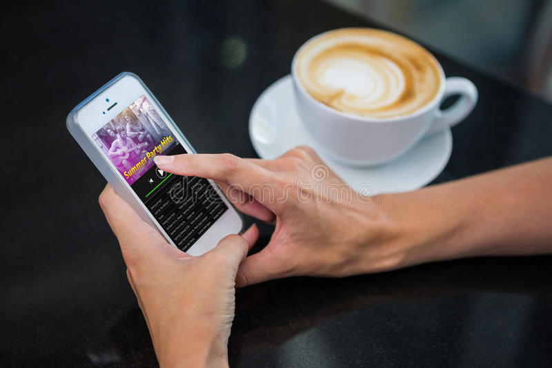 Imagen compuesta de la música app fotografía de archivo