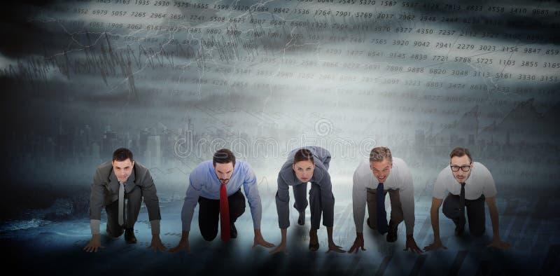 Imagen compuesta de los hombres de negocios listos para comenzar la raza fotos de archivo libres de regalías