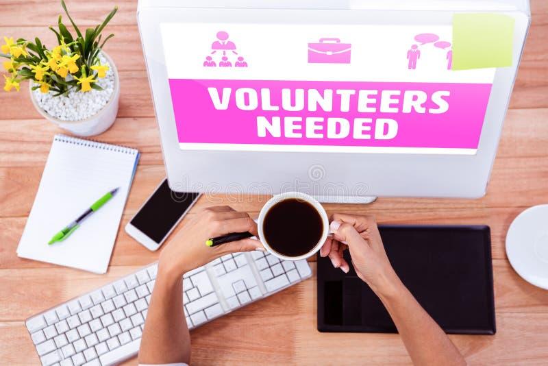 Imagen compuesta de los voluntarios del amarillo necesarios imagen de archivo libre de regalías