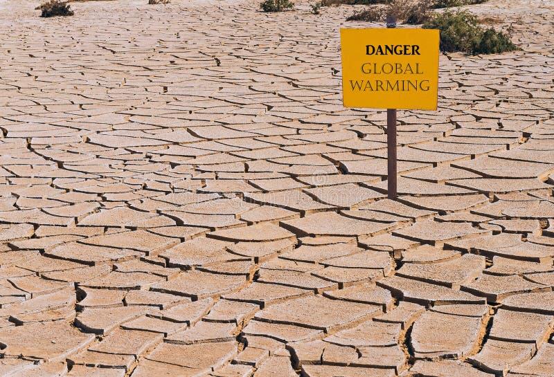 Imagen conceptual que simboliza cambios de un clima drásticos de nuestro planeta fotografía de archivo