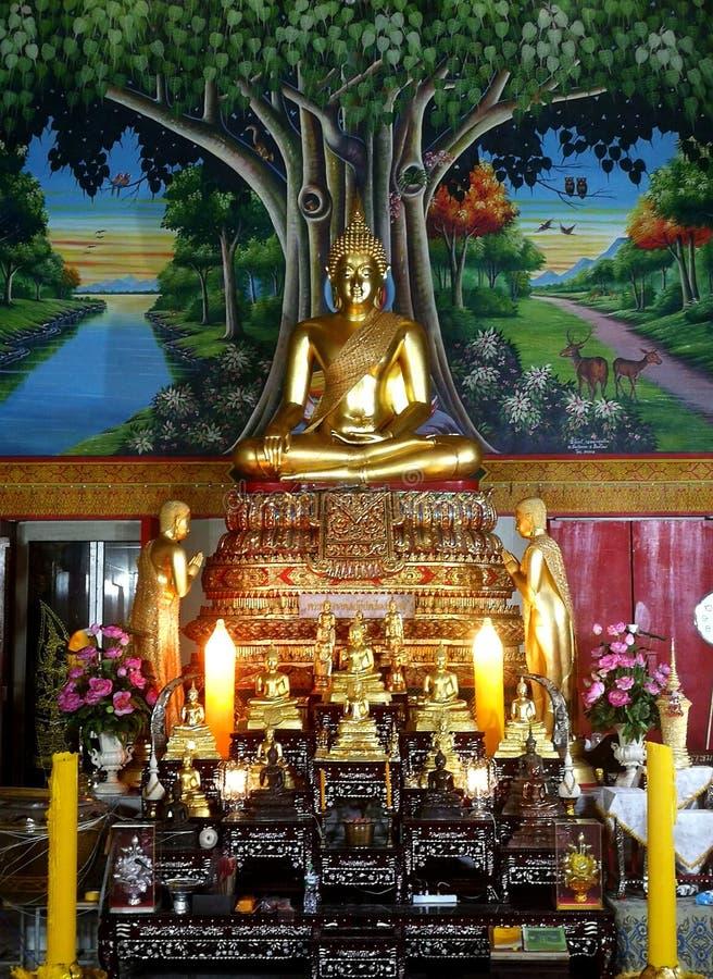 Imagen de Buda, imagen central de Buda, Ubo fresco, estatua del monje budista, escultura tailandesa fotografía de archivo libre de regalías