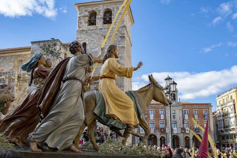 Imagen de Jesús que monta un burro, durante la celebración de Ramos Domingo, en Zamora foto de archivo