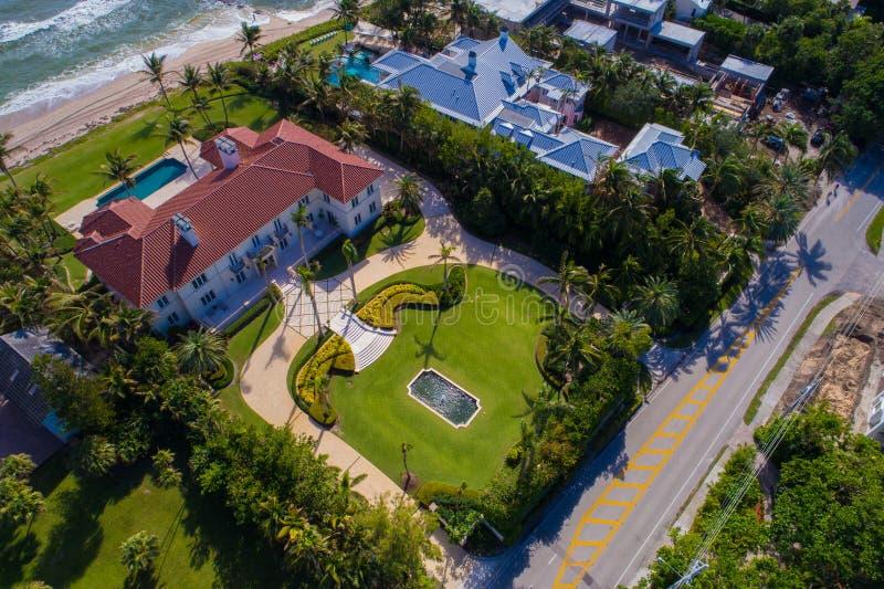 Imagen de la antena de la Florida de las mansiones de Boca imágenes de archivo libres de regalías