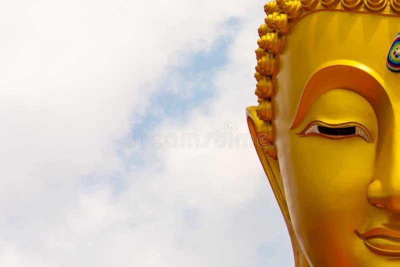 Imagen de la estatua de Buda en Tailandia imagenes de archivo