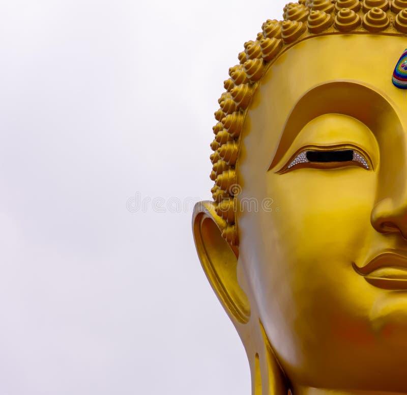 Imagen de la estatua de Buda en Tailandia fotografía de archivo