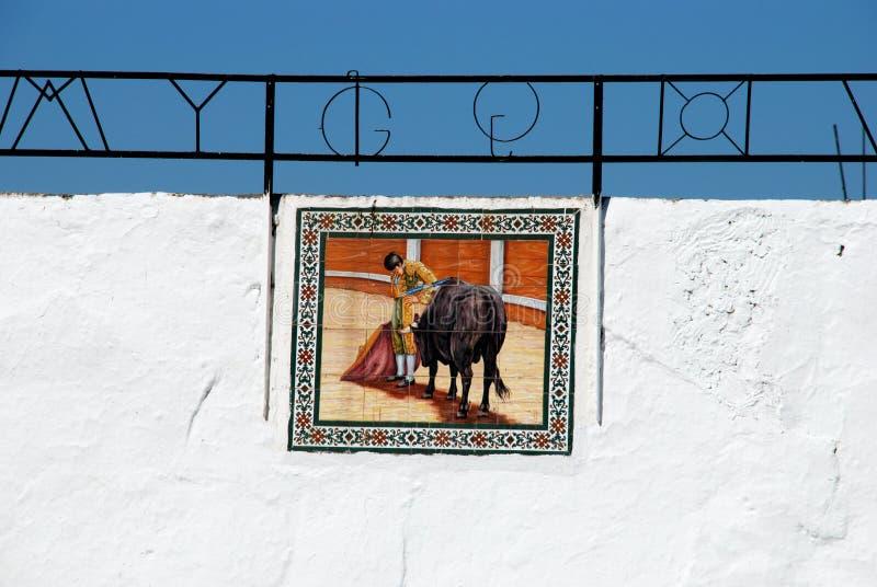 Imagen de la tauromaquia en la pared de la plaza de toros de Mijas fotografía de archivo libre de regalías