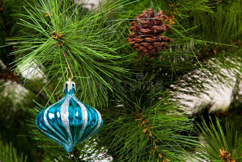 Imagen de las decoraciones del árbol de navidad para la postal imagen de archivo libre de regalías