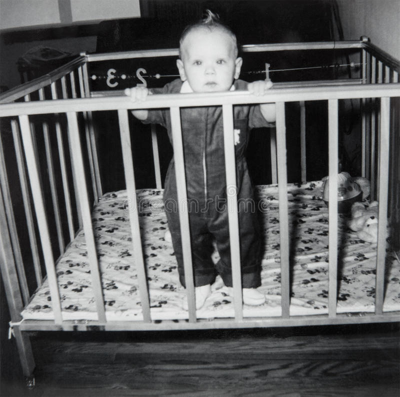 Imagen del bebé del vintage, niño foto de archivo