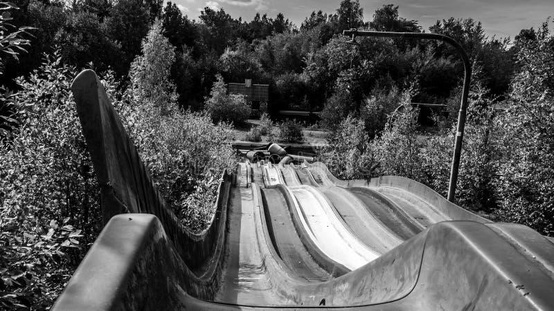 Imagen del parque de atracciones abandonado imágenes de archivo libres de regalías