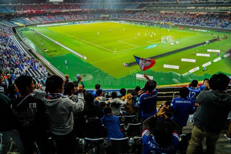 Imagen del partido de fútbol foto de archivo