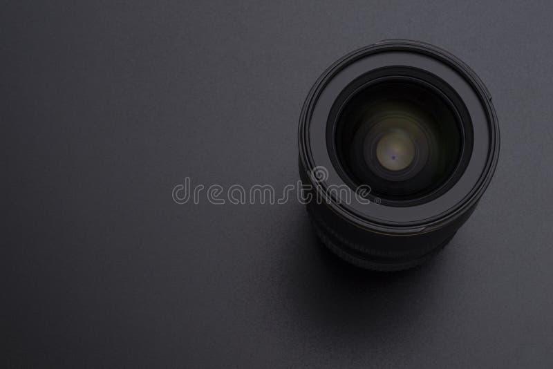 Imagen del primer de la lente de la cámara o del vídeo en fondo negro foto de archivo libre de regalías
