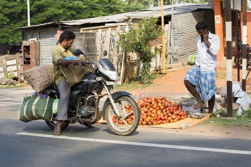Imagen ilustrativa editorial Moto a moverse en la India imágenes de archivo libres de regalías