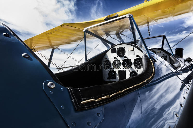 Imagen nostálgica de la carlinga de aviones del BI-ala fotos de archivo libres de regalías