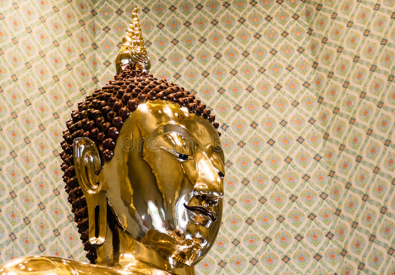Imagen pura de Buda del oro en Wat Traimit, Bangkok, Tailandia fotos de archivo