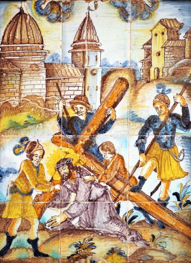Imagen religiosa, caída de Jesús con la cruz, vía Crucis fotos de archivo libres de regalías