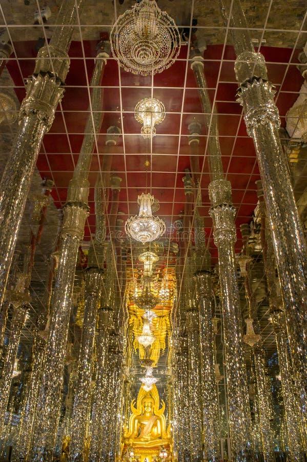 Imagen Tailandia Uthai Thani Wat Tha Sung de Buda fotografía de archivo