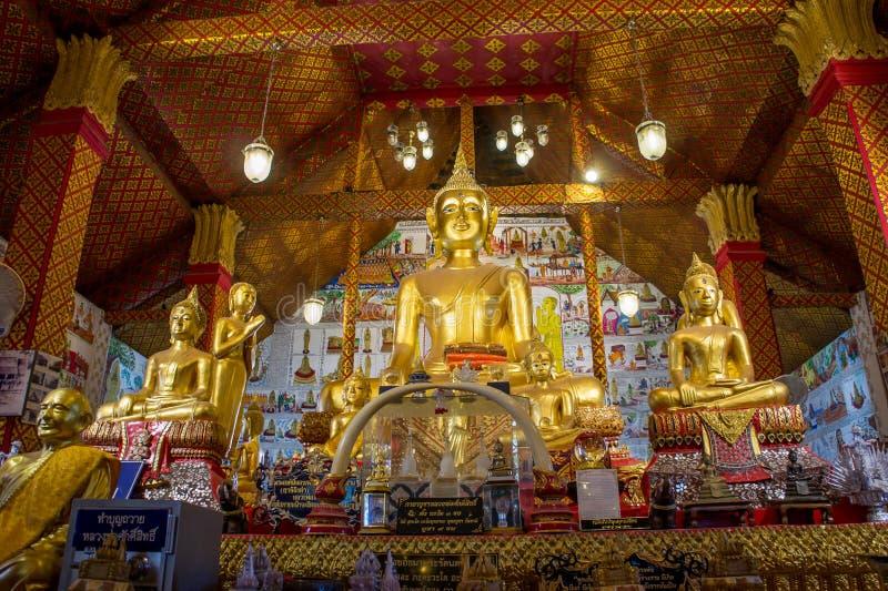 Imagen Tailandia Uthai Thani Wat Tha Sung de Buda imagenes de archivo
