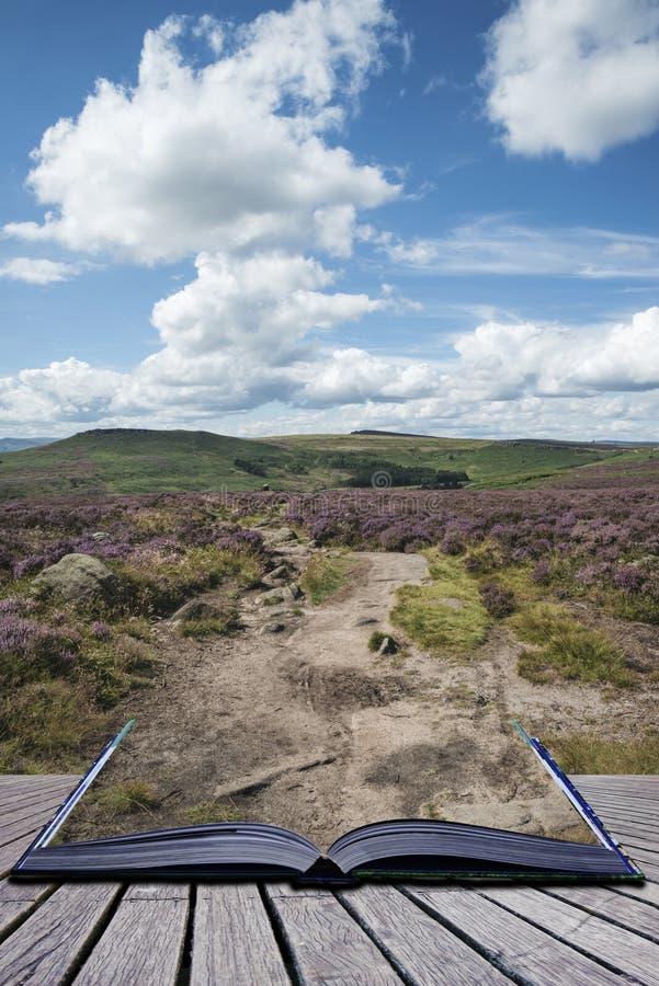 Imagen vibrante hermosa del paisaje del borde y de las rocas de Burbage en S imagen de archivo
