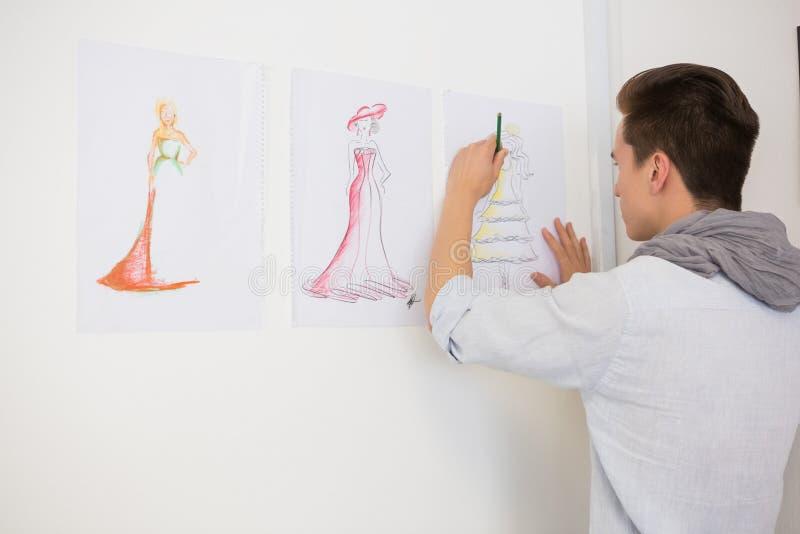 Imagens do desenho do estudante da forma no papel fotografia de stock royalty free