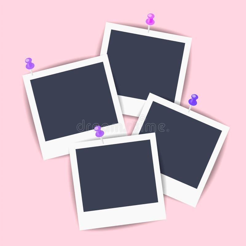 Imagens vazias do Polaroid fixadas à parede ilustração stock