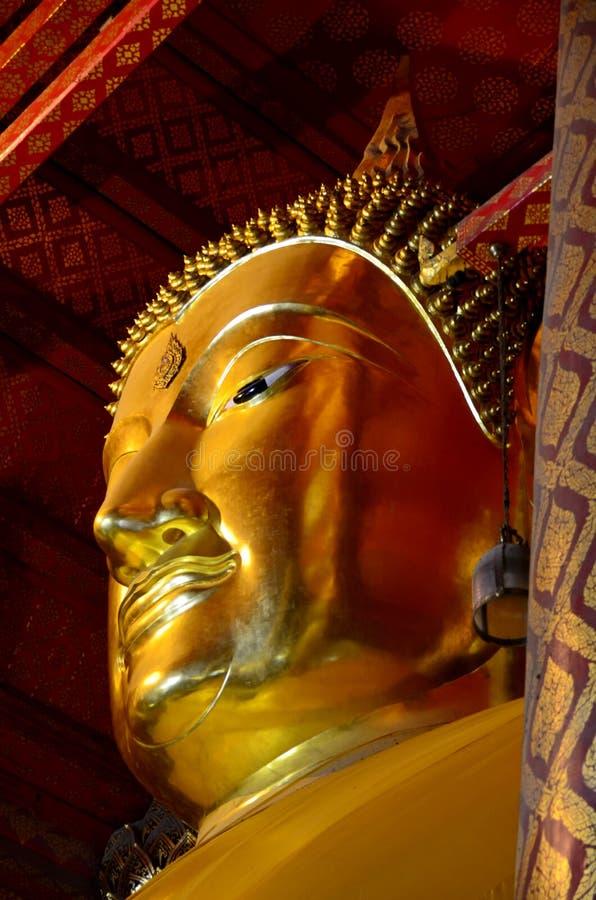 Images de Bouddha aux temples à Ayutthaya, Thaïlande photo libre de droits