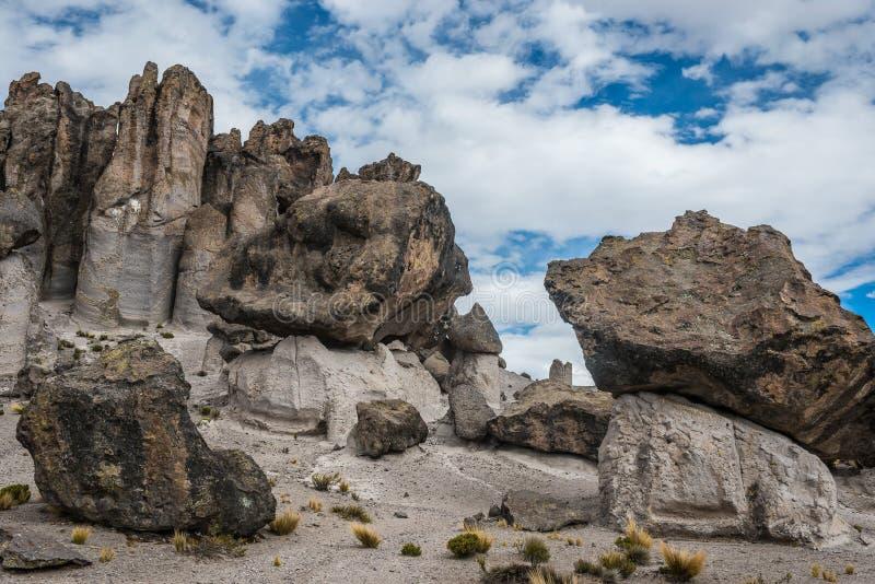 Imata apedreja a floresta no Peru peruano de Andes Arequipa fotos de stock