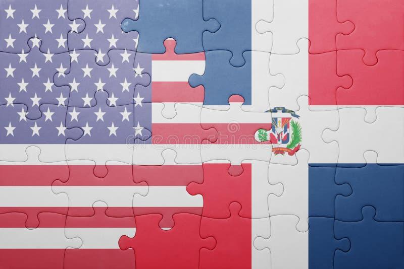 Imbarazzi con la bandiera nazionale degli Stati Uniti d'America e della Repubblica dominicana fotografie stock libere da diritti