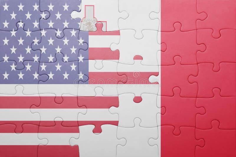 Imbarazzi con la bandiera nazionale degli Stati Uniti d'America e di Malta immagini stock