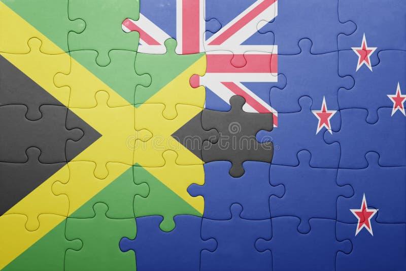 Imbarazzi con la bandiera nazionale della Giamaica e della Nuova Zelanda fotografie stock
