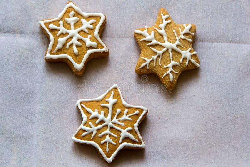 Download Imbirowi Chlebowi ciastka zdjęcie stock. Obraz złożonej z ciastko - 106922946
