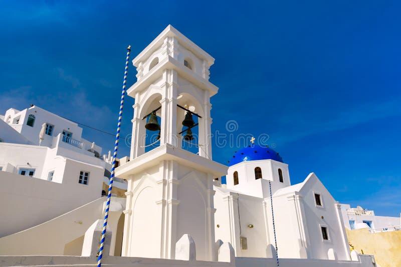 Imerovigli Anastasi Church av Santorini, Grekland arkivbilder