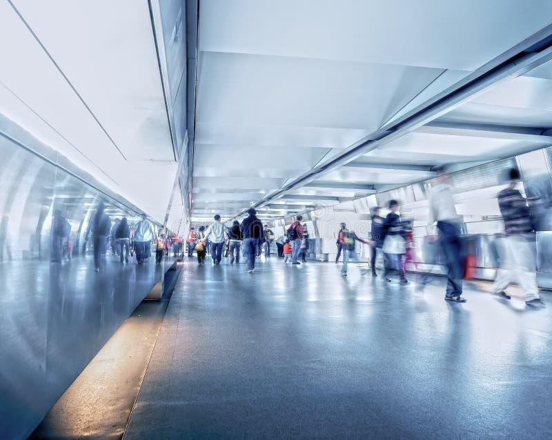 Immagine astratta e sfocata per lo sfondo, terminale di trasporto per passeggeri immagine stock libera da diritti
