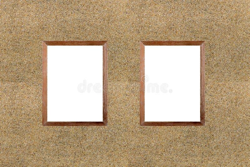 Immagine in bianco della struttura di legno sul fondo della parete di pietra della sabbia Bordo bianco fotografia stock