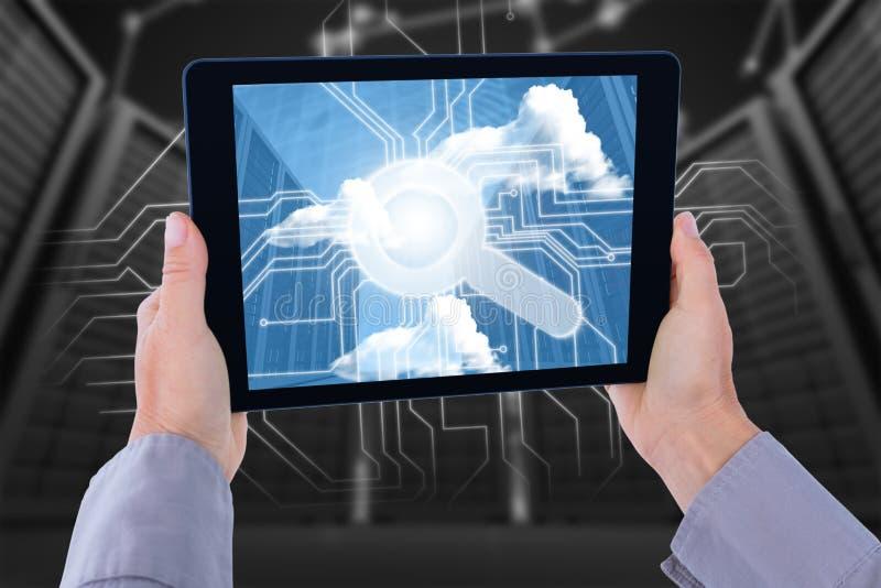 Immagine composita della mano potata dell'uomo che tiene compressa digitale illustrazione di stock