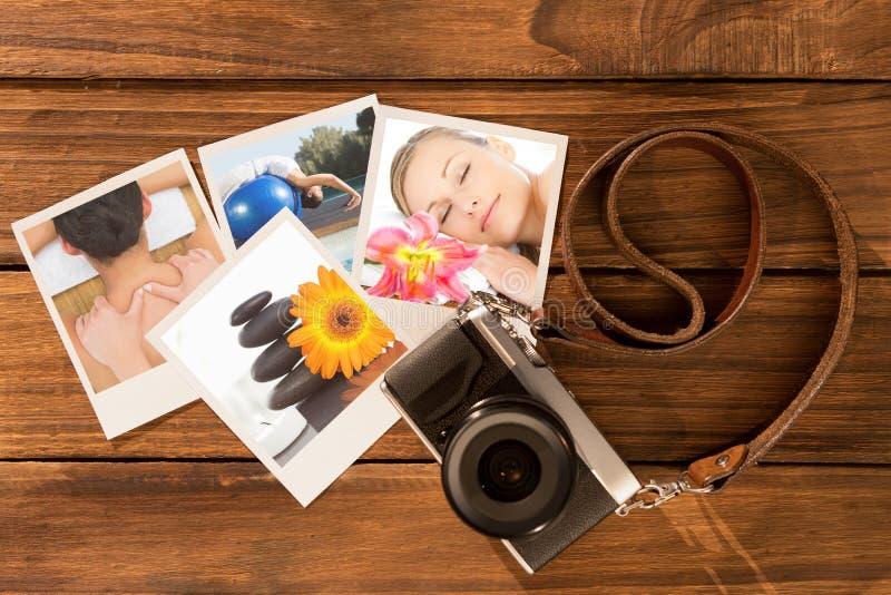 Immagine composita di castana pacifico godendo di un massaggio posteriore immagine stock