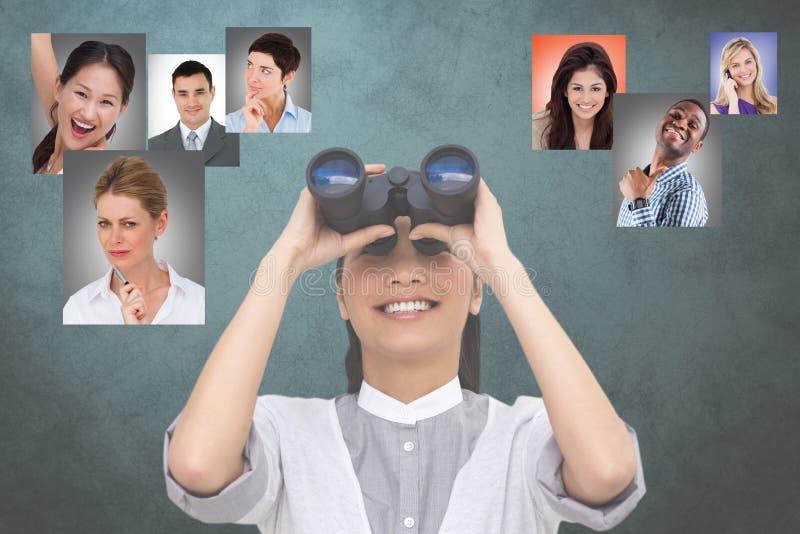 Immagine composita di Digital dell'ora che esamina i candidati tramite il binocolo fotografia stock