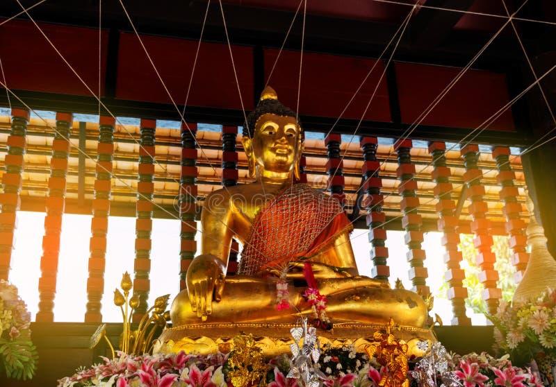 Immagine del Buddha in tempiale fotografia stock libera da diritti