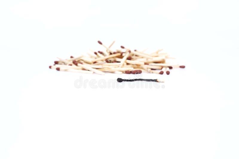 Immagine del fiammifero spanto con un fiammifero bruciato immagine stock
