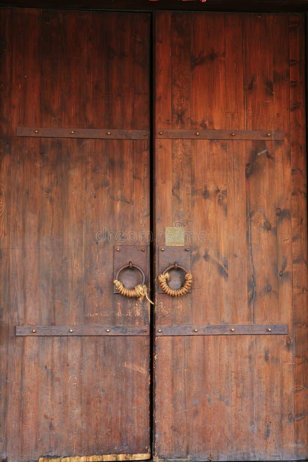 Immagine del primo piano dei portelli antichi fotografia stock
