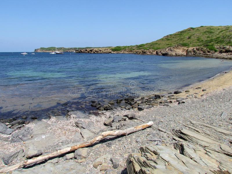 Immagine della costa dell'isola di Baeutiful Menorca in Spagna Un paradiso naturale fotografia stock
