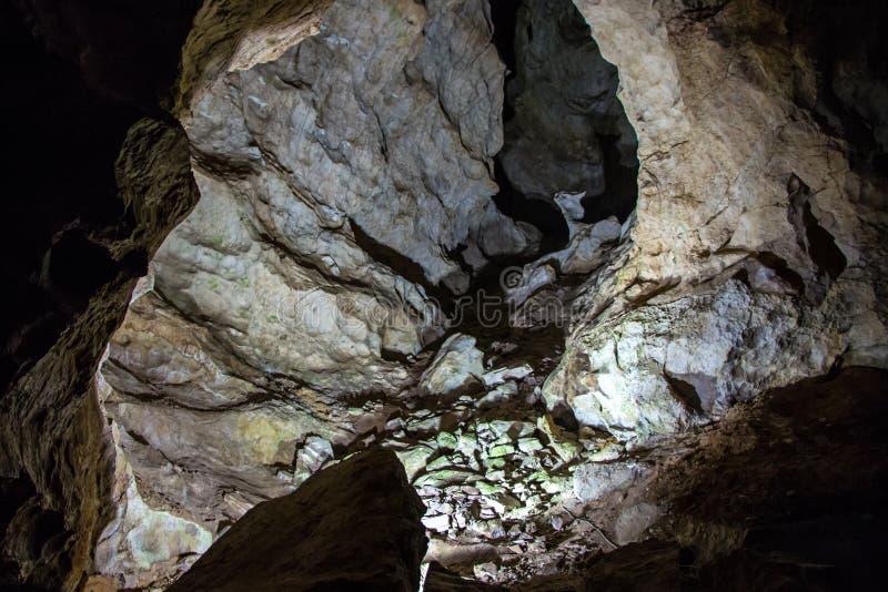 Immagine delle pietre in caverna di morfologia carsica fotografie stock libere da diritti